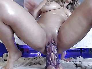 Squirting with dildo monster big mature big ass amateur anal mature video