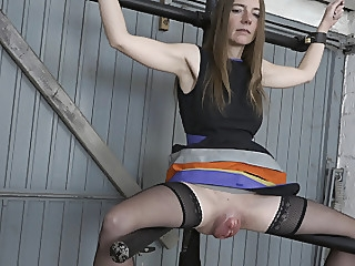 Big pussy on the leg spreader sex toy fingering bdsm video